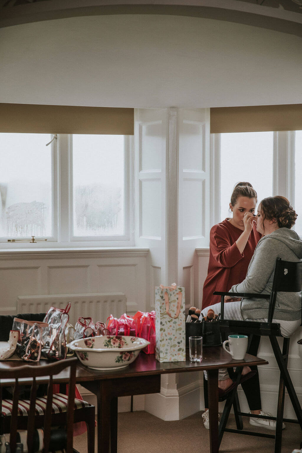 Bridal prep on the wedding morning